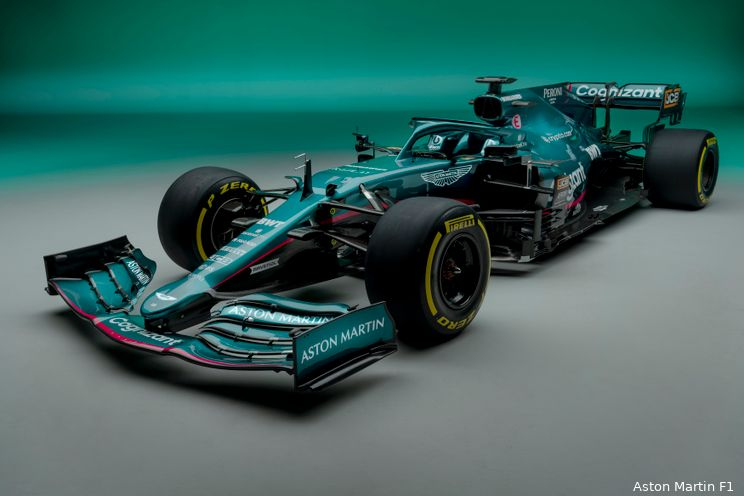 Ondertussen in de F1   James Bond wenst Aston Martin succes