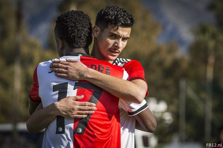 Afgelopen   Feyenoord - Karlsruher SC (4-2)
