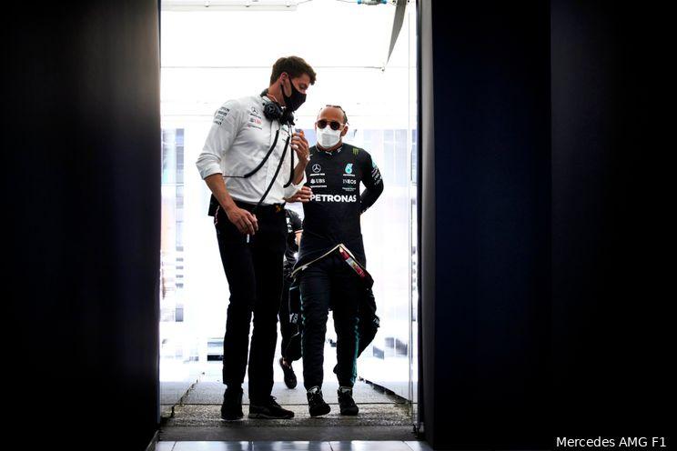 Mercedes begrijpt frustratie Hamilton: 'Maar moeten wel werken aan communicatie'