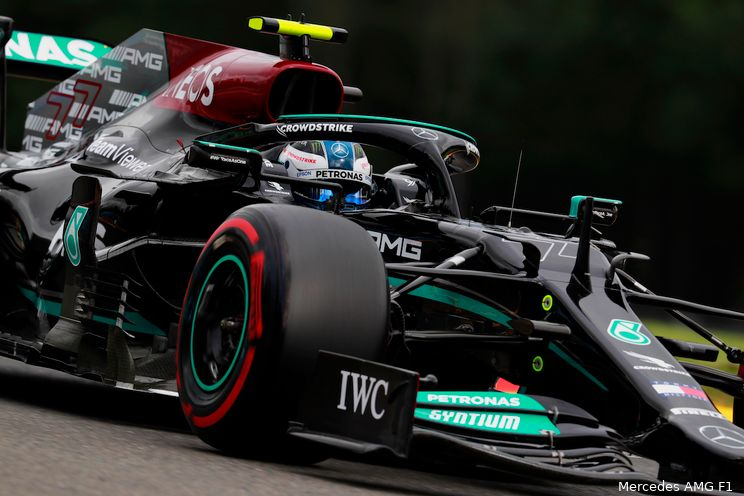 Mercedes ziet sterke vorm Bottas: 'Hij is nu sneller dan Verstappen op dit circuit'
