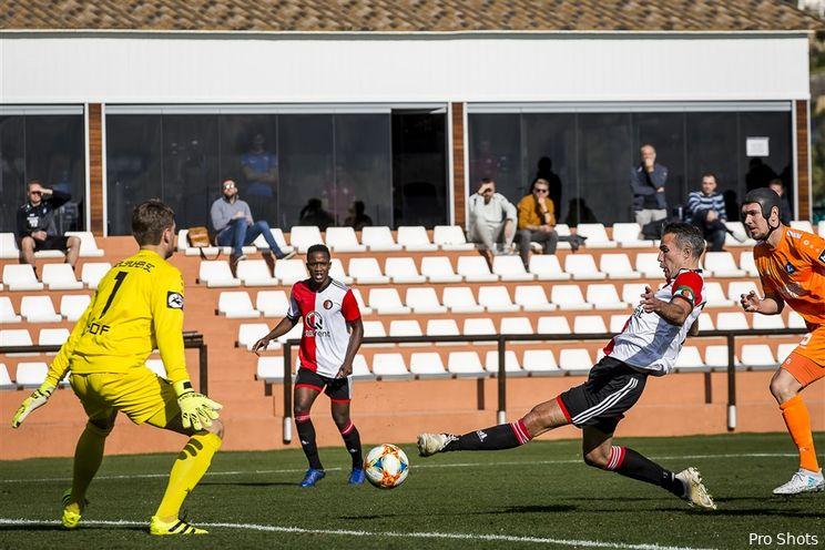 Feyenoord sluit trainingskamp af met overwinning
