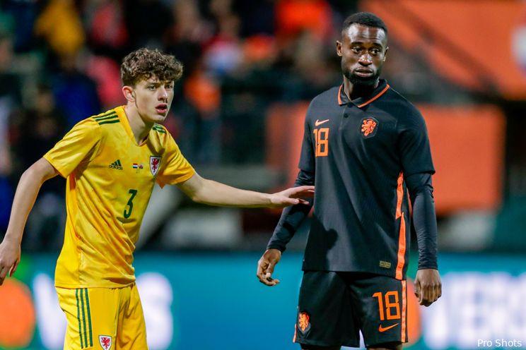 Geertruida maakt debuut voor Jong Oranje