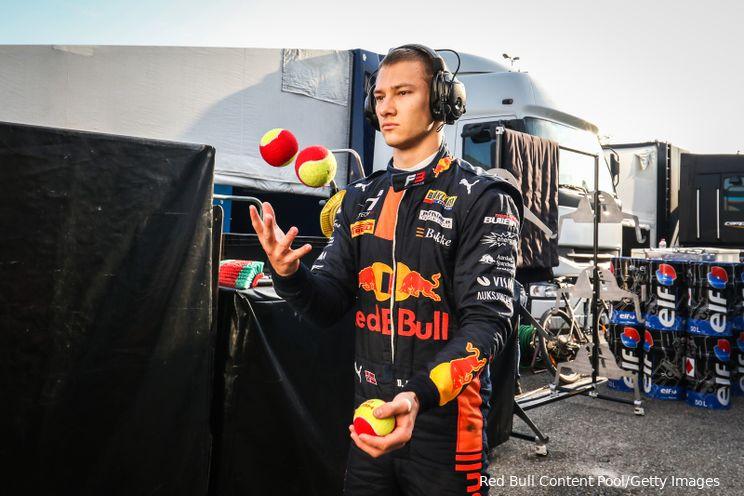 F3 in Spanje   Hauger wint hoofdrace dominant, Van der Helm finisht P20