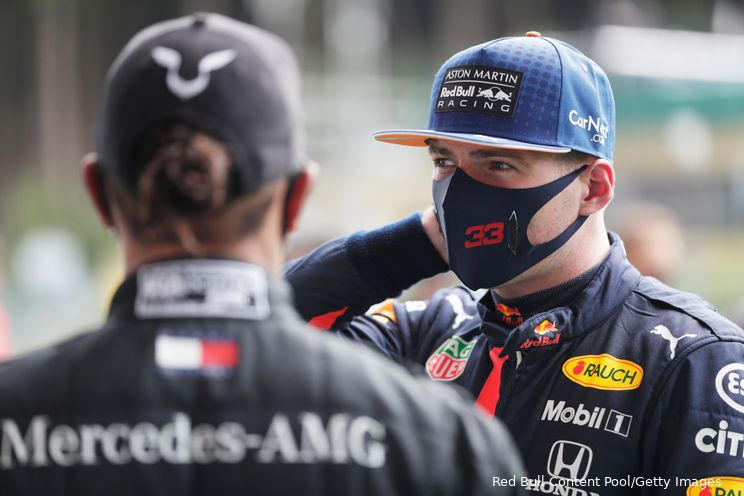Dennis gelooft niet in protegé Hamilton: 'Verstappen zal de titel winnen'