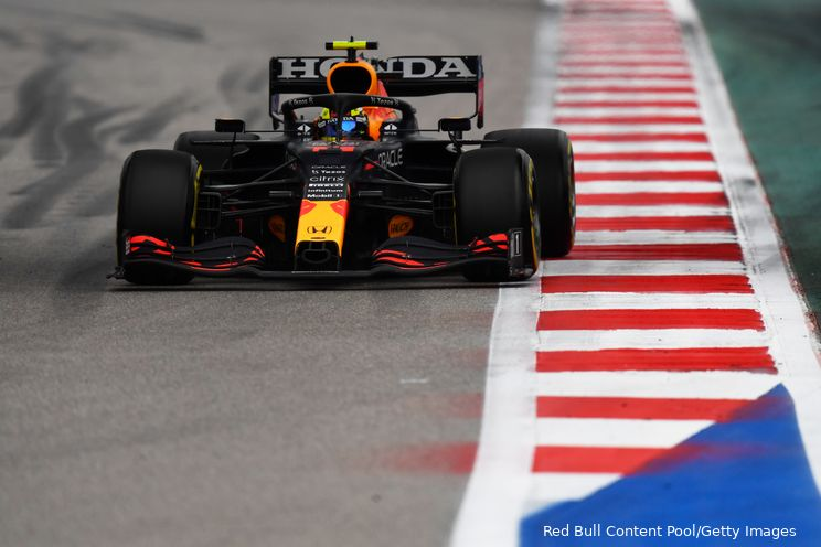 'Red Bull keek tijdens testdag Albon in Turkije naar ophanging en aerodynamica'