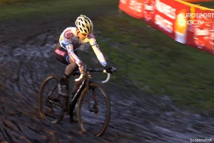 Iserbyt: 'Mensen moeten wennen aan andere renners, Wout en Mathieu zijn het dessert'