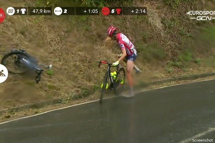 [Update] Zware val met Eiking en Vlasov dwingt Verona tot opgave in Vuelta