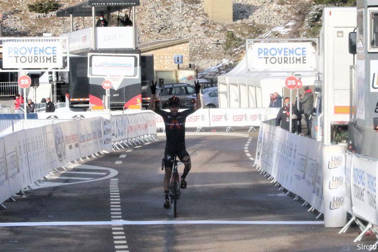 Movistar verlost Sosa van INEOS Grenadiers: 'Wil laten zien wat voor renner ik ben'