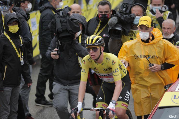 Pogacar in gele trui naar zege op Col du Portet: 'Wist dat Carapaz aan het bluffen was'