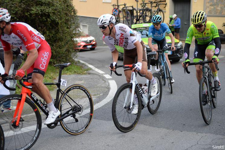 Aanvallers azen op rood Roglic: 'Ben de enige in de top tien die geen grote kampioen is'