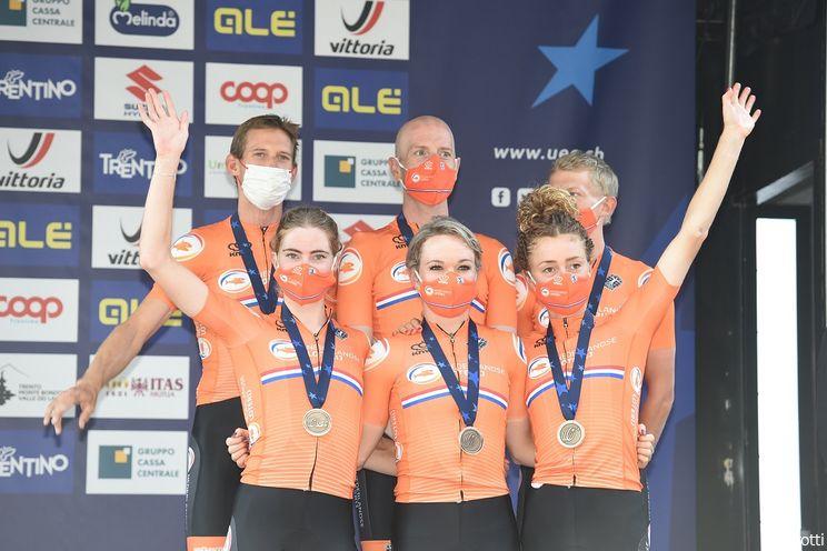Nederland behaalt brons op EK Mixed Relay: 'We hebben het beste uit onszelf gehaald'