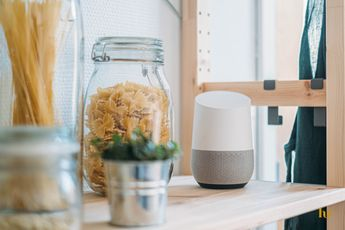 Zo kom je erachter wanneer de Google Assistent luistert naar jouw stem
