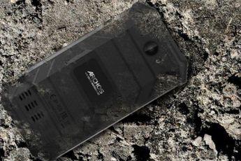 Archos Saphir 50X officieel: betaalbare smartphone die tegen een stootje kan