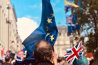 KPN ziet voorlopig af van roamingkosten in Verenigd Koninkrijk