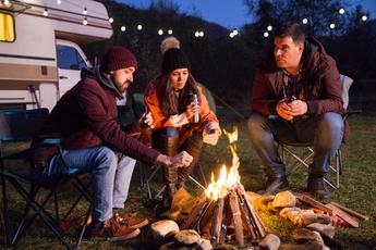 7 onmisbare apps voor op de camping, alles wat je nodig hebt