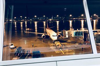 Samsung-telefoon ontploft, mensen uit vliegtuig geëvacueerd