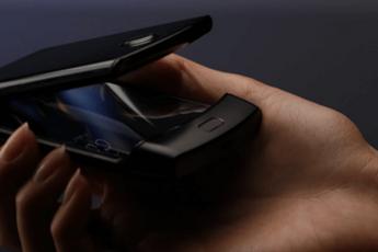 Meerdere Motorola Razr filmpjes laten geen goede eerste indruk achter