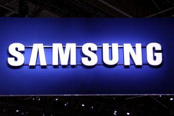 250 nep-Samsung Galaxy S4's vernietigd met hamer