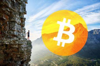 Bitcoin koers bij $6.900, BTC voorraad op exchanges slinkt met 10%