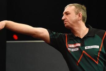 Burnett claims latest Online Darts League (Phase 5) title