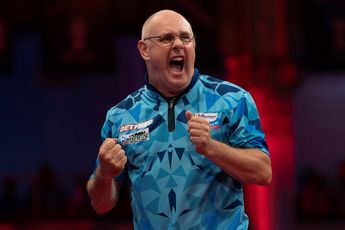 """White reveals surgery on injury after World Matchplay: """"There's not a lot I can do, I've just got to get on with it"""""""