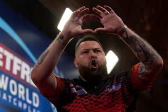 Michael Smith denies Ross Smith to claim Players Championship 27 as PDC Super Series 7 concludes (Live Blog closed)