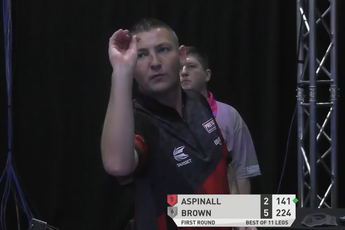 VIDEO: Aspinall hits nine-darter but loses with 113.6 average in PDC Super Series 7