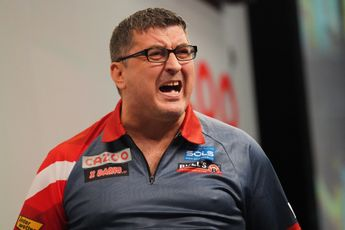 Suljovic delights home crowd with decider-win over Hempel