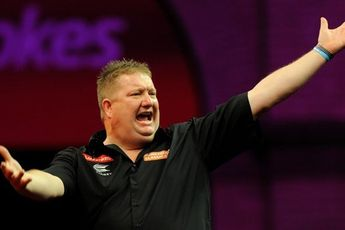 """Lloyd on growth of Premier League Darts: """"Way back in 2005, we didn't realise how it would grow"""""""