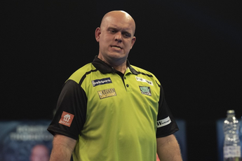 Van Gerwen hits out at Hamilton: 'Feels even better (to win) when they try every trick and it doesn't work'