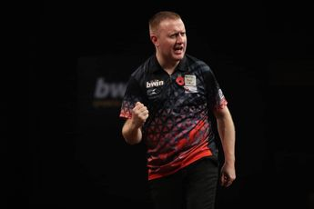 Murnan and Harrysson dump out Kleermaker and Barry to begin Gibraltar Darts Trophy