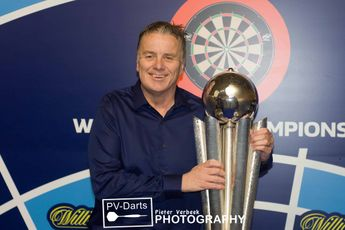 """Deller on practice regime ahead of World Seniors Darts Championship: """"I'm going to be pushing it up to five hours a day"""""""