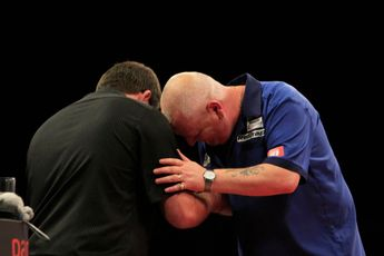 THROWBACK VIDEO: Wade and Thornton produce two nine-darters in one match at 2014 World Grand Prix
