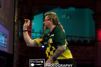 Simon Whitlock through in high quality contest against Kist