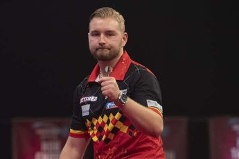 Van den Bergh to face Anderson in World Matchplay final after nail-biting win over Durrant