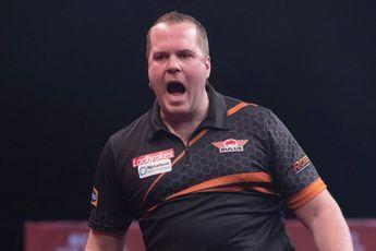 Van Duijvenbode gewinnt am zweiten Tag der PDC Super Series erstmals gegen van Gerwen und zieht ins Viertelfinale ein