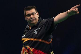 De Sousa muss fünf 100+-Finishes seines Gegners hinnehmen, erreicht aber dennoch die Runde der letzten Acht bei den European Darts Championships