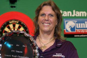 VERGESSENE DARTSPIELER: Stacey Bromberg gewann die einzige Frauen-Weltmeisterschaft der PDC