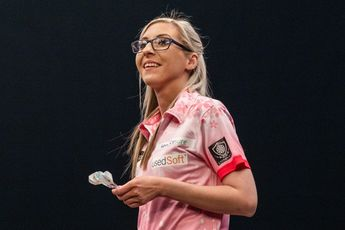 Sherrock gewinnt ihren dritten Titel in der Women's Series und sichert sich die Qualifikation für den Grand Slam of Darts