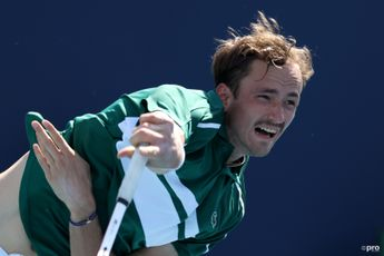"""""""It's like clay"""" says Medvedev after getting upset in Indian Wells"""