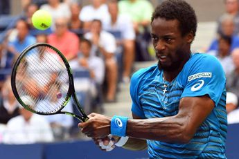 Video: Monfils barely misses acrobatic shot of the year against Anderson