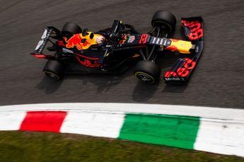 Video | Verstappen scheurt door Italië in Red Bull-bolide