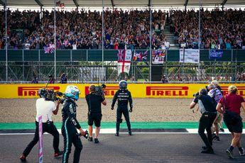 Analyse | Waarom Raikkonen zwaarder bestraft werd dan Hamilton voor dezelfde overtreding
