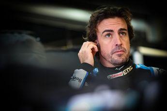 Alonso ontevreden over besluiten wedstrijdleiding: 'Voelt allemaal inconsequent'