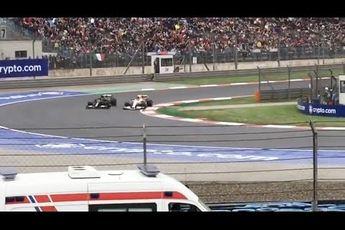 Video | Zo ervoeren F1-fans het gevecht tussen Hamilton en Pérez vanaf de tribunes