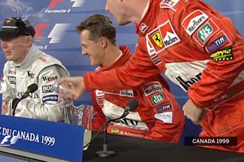 F1 Kijktip | Irvine klooit tijdens persconferentie en gooit glas leeg op Hakkinen