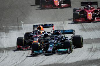 Boordradio's GP Verenigde Staten | Verstappen: 'Kan deze Haas alsjeblieft uit de weg?'