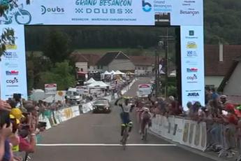 Girmay verslaat verrassend Vendrame, Pinot en Quintana in Classic Grand Besançon Doubs