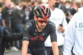 Yates op het podium in Lombardije na bizar slot: 'Klein beetje geluk, goed om te hebben'