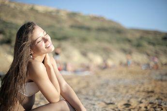 Schoonheidsideaal van een zongebruinde huid brengt grote risico's met zich mee